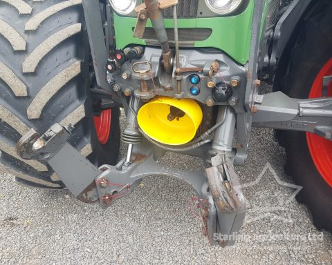 Fendt 714 with Quickie Loader